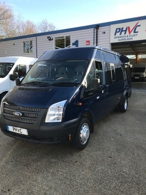 Photograph of Ford 17 Seater Minibus in Blue – Ref CM01